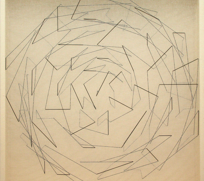 twist, cm 79x79x9, 2006, tarlatane e filo elastico